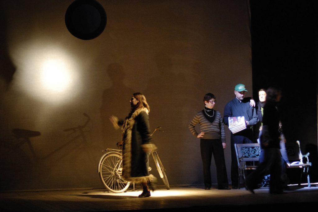 lost and found effetto velatino bicicletta